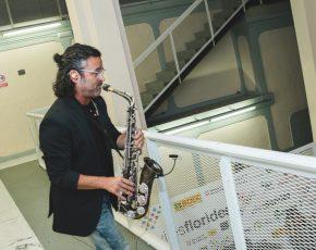 saxofonista Flors d Honor 2017 - Viles Florides