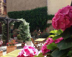 apartaments turistics Can Llorenc - Viles Florides