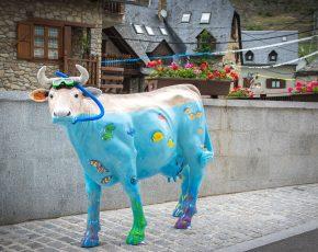 Vaca colors Arties - Vila Florida